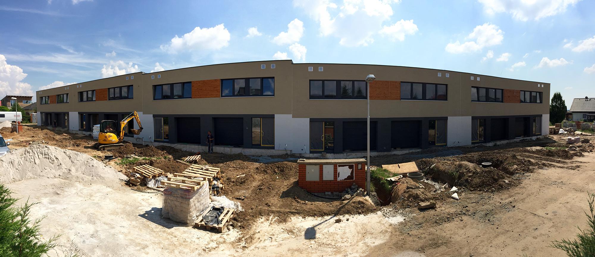 Golf Michalovice - řadové domy, první etapa. Brzy připraveno!