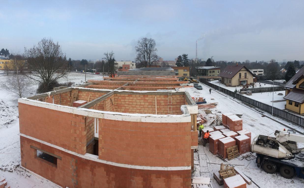 Pohled shora: projekt 14-ti řadových domů Na Celně – Mladá Boleslav.