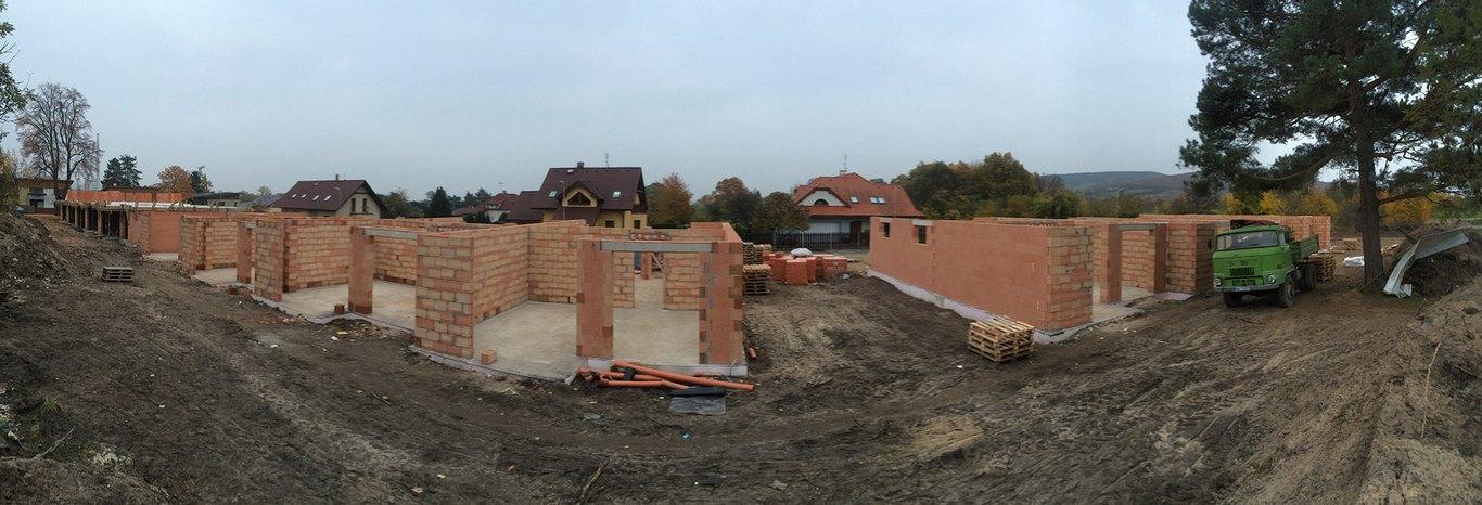 Projekt 14-ti řadových domů Na Celně – Mladá Boleslav, stavíme.